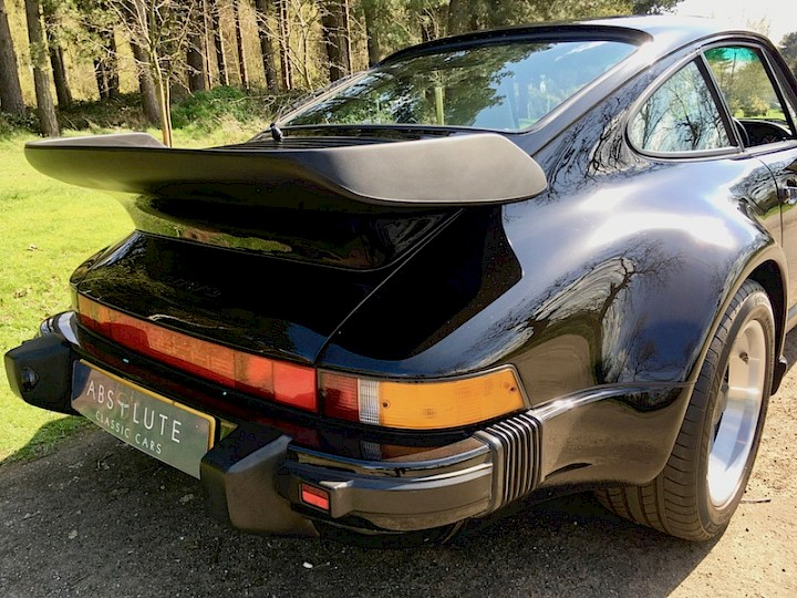 Porsche 911 Supersport - SOLD 16